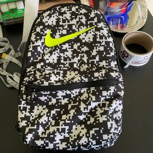 Nike lunch tote😎😎😎